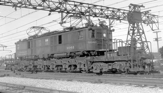 A New York Central Mercury Train In Front Of Cleveland S